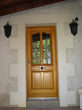 Fabulous Porte Duentre En Bois Exotique Clair Avec Chassis Vitr Ouvrant With  Vitre Porte Entree.